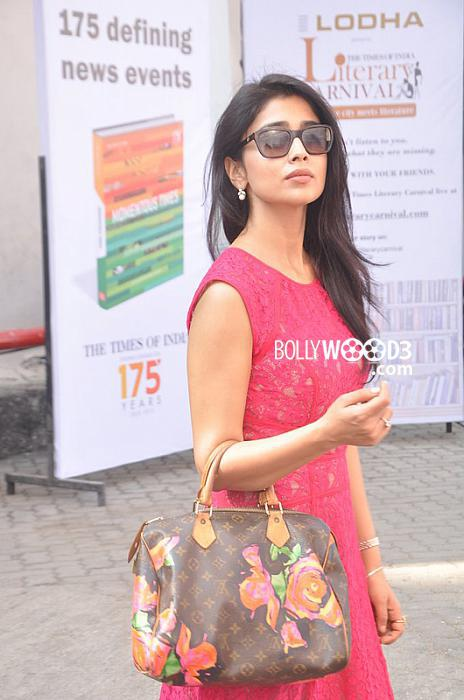 Shriya Sharan at Times Literature Festival (8).jpg